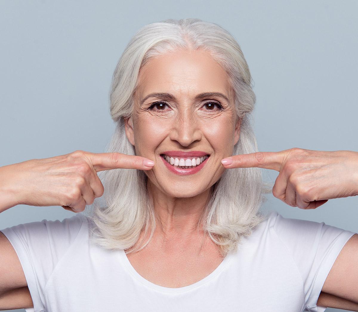 https://flossandsmile.co.uk/wp-content/uploads/2021/01/Floss-and-Smile-Dental-Service.jpg