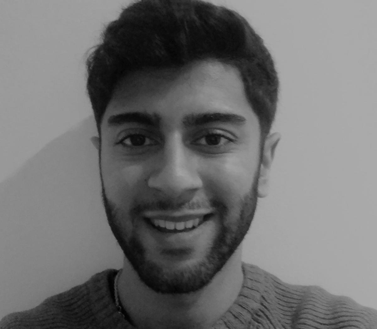 https://flossandsmile.co.uk/wp-content/uploads/2021/02/Floss-and-Smile_team-09.png